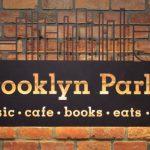 本と音楽とカルチャーに浸る夜 ― 新宿のカフェ「ブルックリンパーラー」