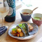 「青い」タコスに出合えるしあわせな週末 ― 三軒茶屋「Los Tacos Azules(ロス・タコス・アスーレス)」